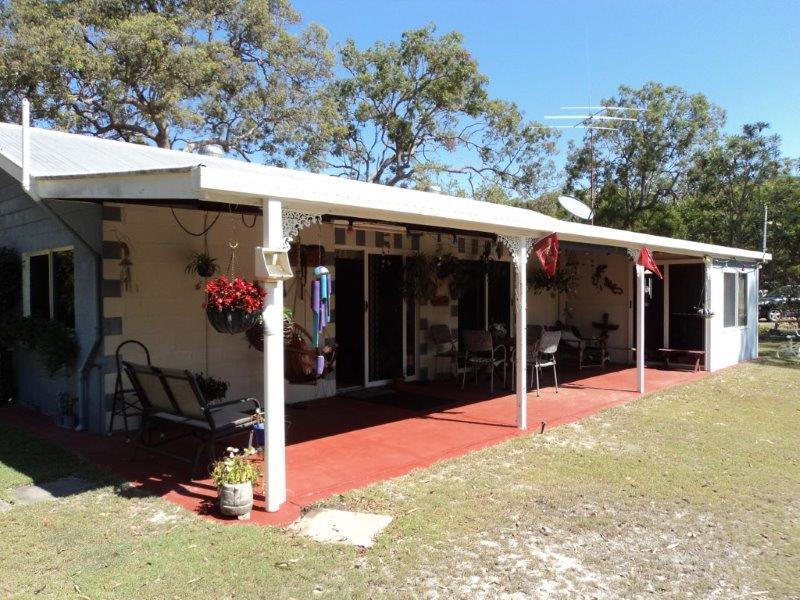 61 Dale Drive RULES BEACH QLD 4674