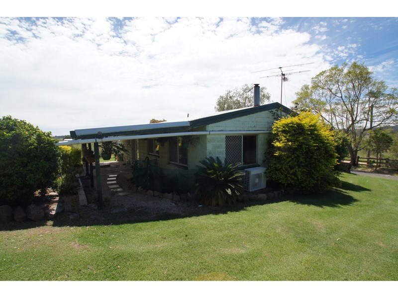 4 Ferrari Lane LAIDLEY CREEK WEST QLD 4341