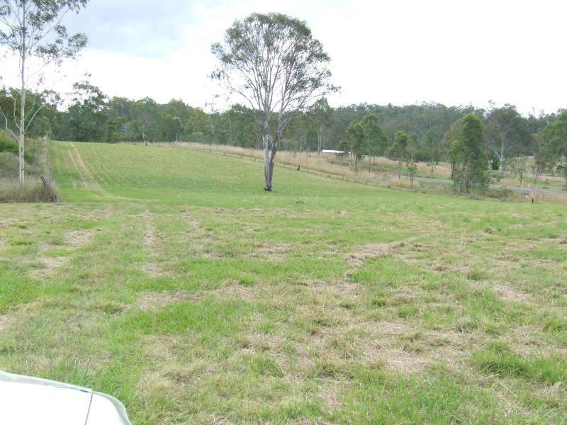 1067 Mounty Perry Road MOOLBOOLAMAN QLD 4671