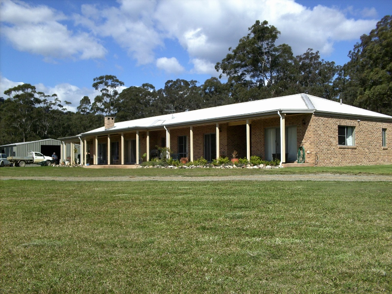 283 Locketts Crossing Rd COOLONGOLOOK NSW 2423