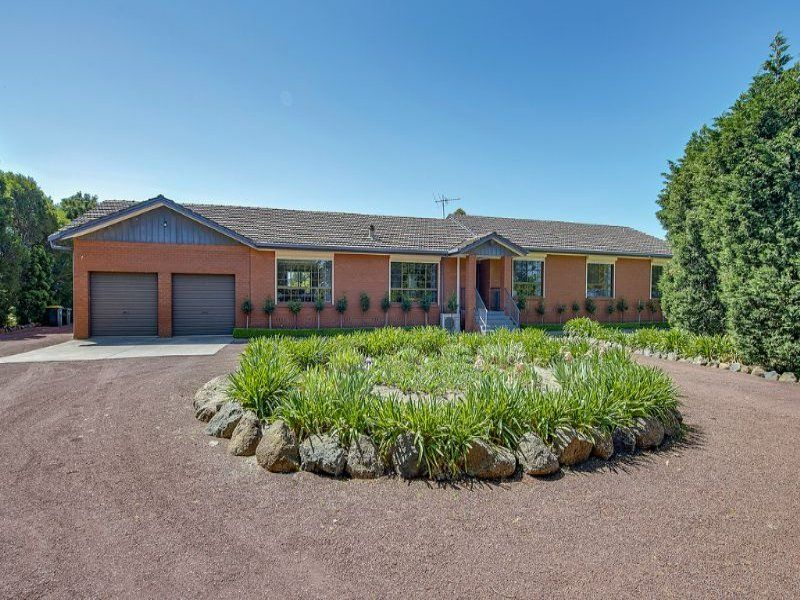 140 Summerhill  Road WOLLERT VIC 3750