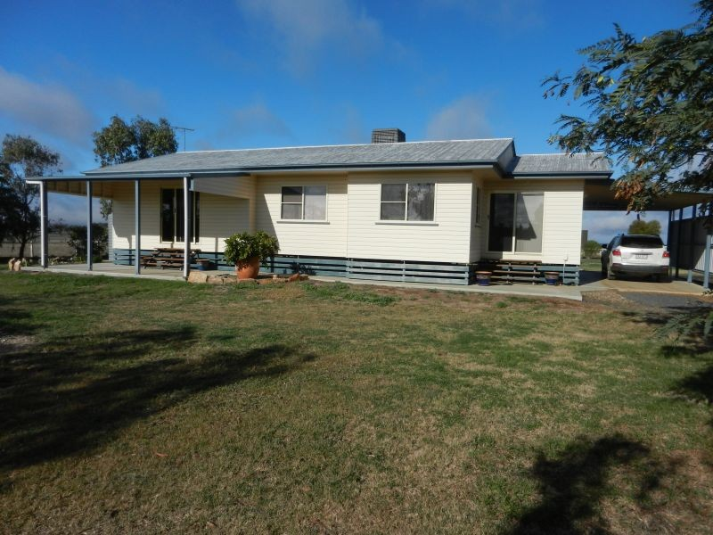 56 Pearces Road DALBY QLD 4405