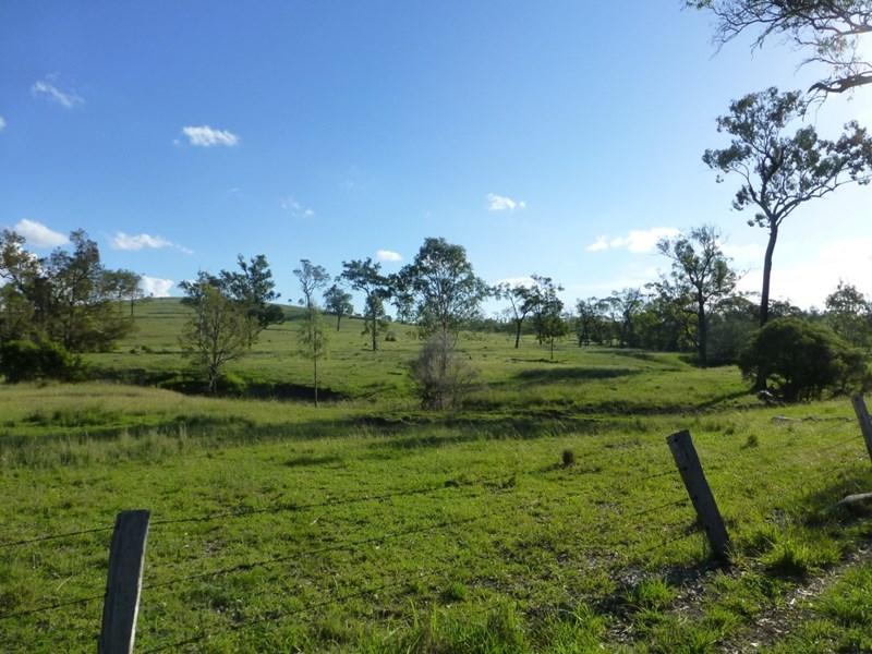 COALSTOUN LAKES QLD 4621