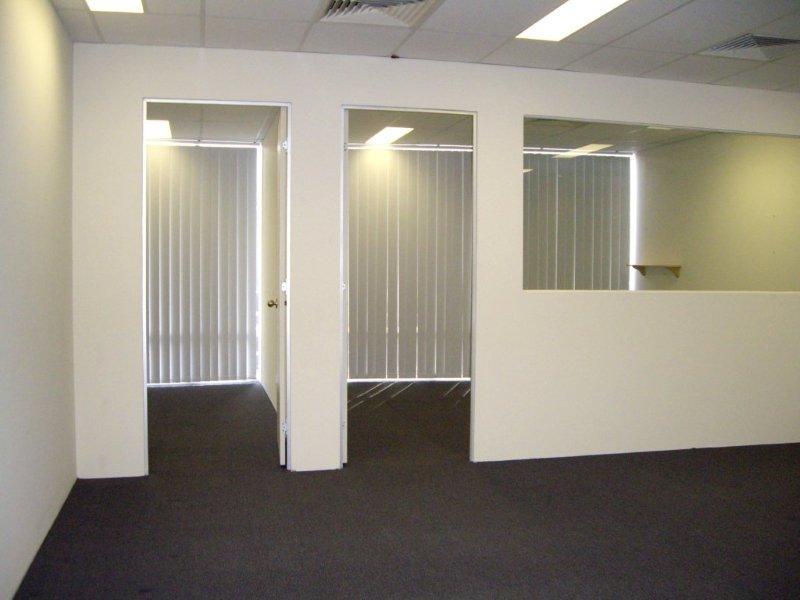 Unit 11/9-11 Chaplin Drive LANE COVE NSW 2066