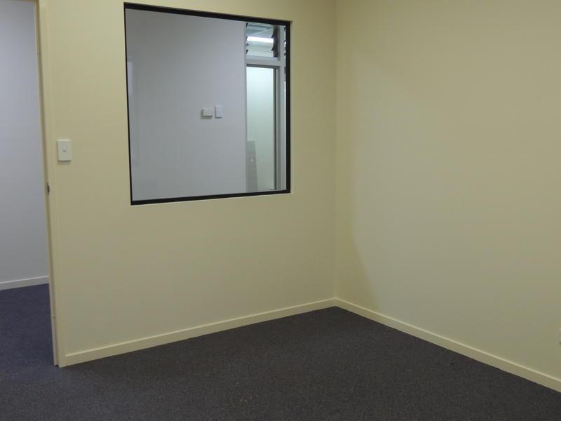 36 Computer Road YATALA QLD 4207