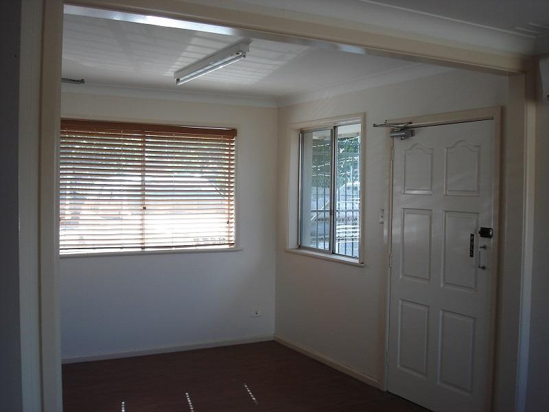 22 Avro Street TAMWORTH NSW 2340