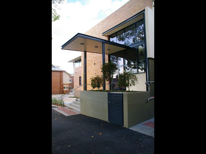 Grd Floor/154 Hume Street TOOWOOMBA CITY QLD 4350
