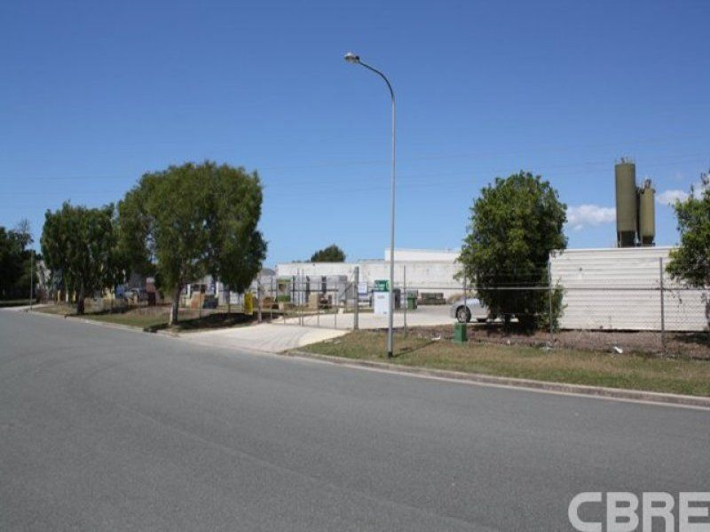 27 Technology Drive WARANA QLD 4575