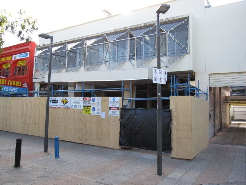 14 Shields Street CAIRNS CITY QLD 4870