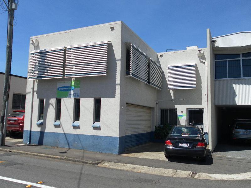 6 Union Street TOOWOOMBA CITY QLD 4350
