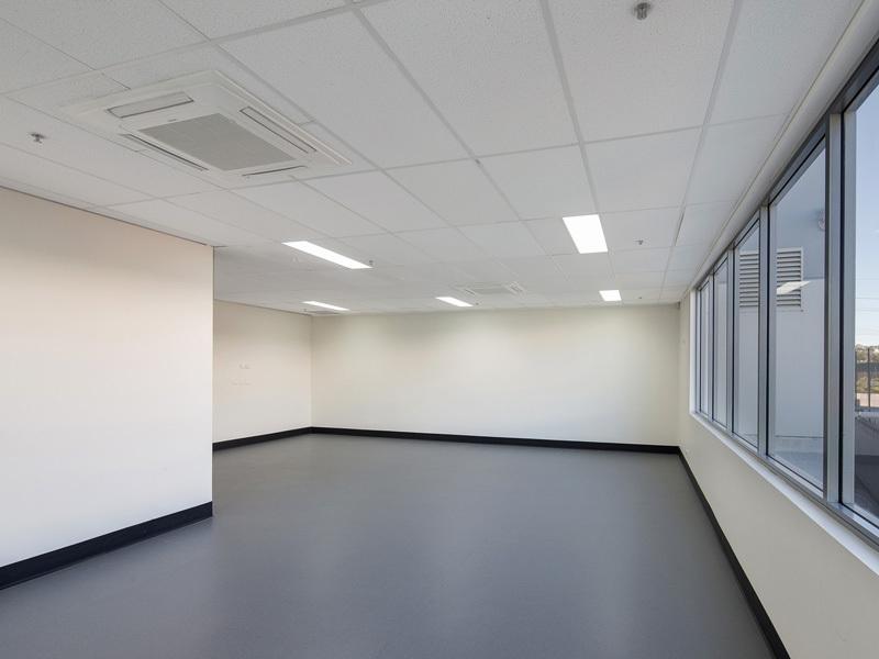 146-156 Warren Road SMITHFIELD NSW 2164
