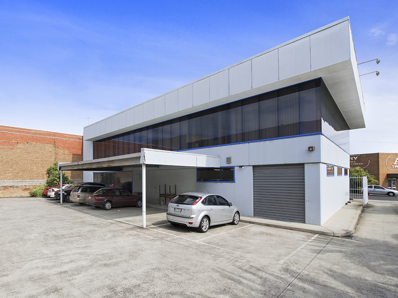 12 Howes Street AIRPORT WEST VIC 3042