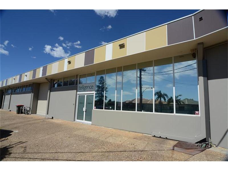 Unit 6/60 Griffith Road & 57 Crescent Road LAMBTON NSW 2299