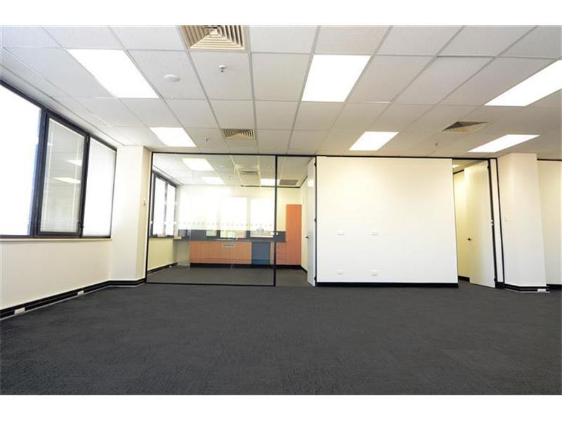 Entire Flo/400 Hunter Street NEWCASTLE NSW 2300