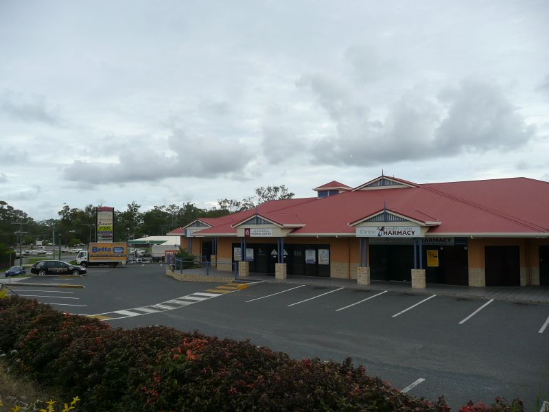 3/6 Ballantine Street CLINTON QLD 4680