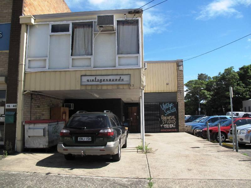 42 Sydenham Road MARRICKVILLE NSW 2204