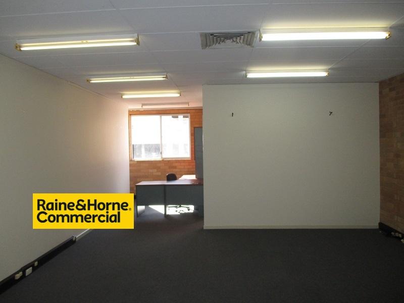 348 Peel St TAMWORTH NSW 2340