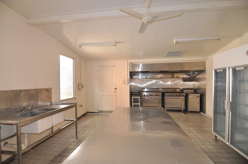 491 Flinders Street TOWNSVILLE CITY QLD 4810