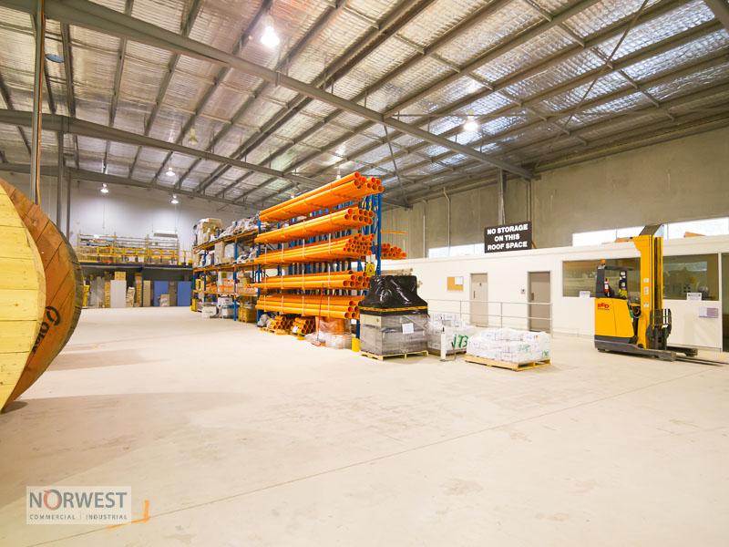 Warehouse /8 Solent Cct BAULKHAM HILLS NSW 2153