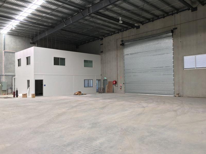 2/8 Freight Street YATALA QLD 4207