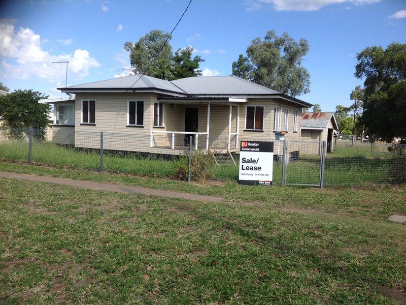 98 Murilla Street MILES QLD 4415