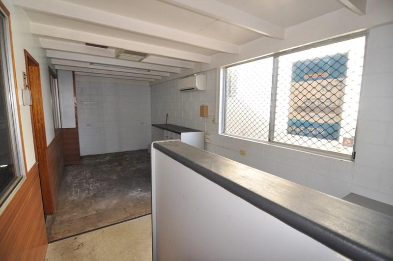 Unit 2, 16 Reardon Street CURRAJONG QLD 4812