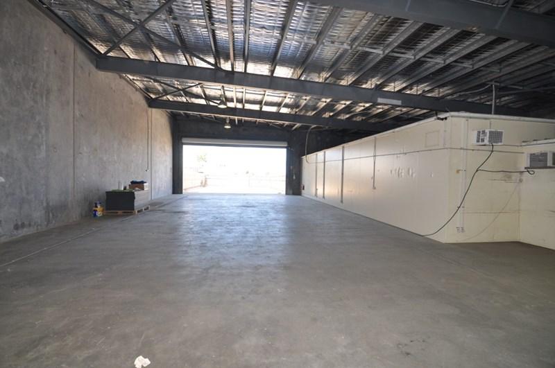 Shop 2, 38 Pilkington Street GARBUTT QLD 4814