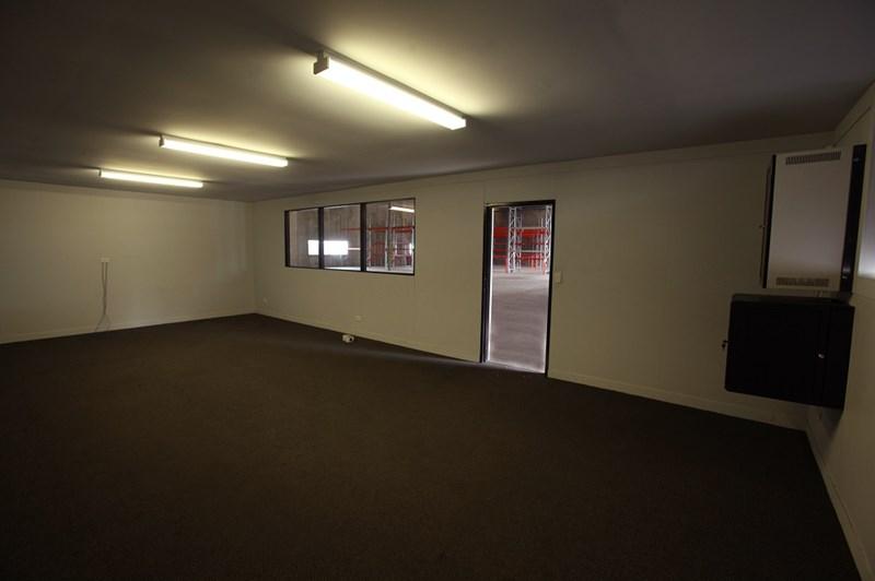 2/56 Theodore Street EAGLE FARM QLD 4009