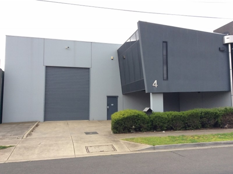 4 Parer Street RESERVOIR VIC 3073
