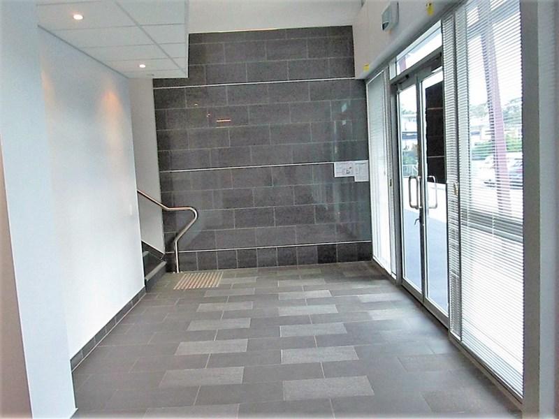 Unit 5 / 8 Metroplex Avenue MURARRIE QLD 4172