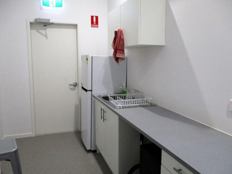 Suite 3, 3/7 Apollo Road BULIMBA QLD 4171