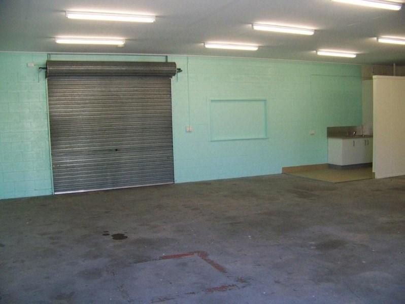 3/42 Allen Street MOFFAT BEACH QLD 4551