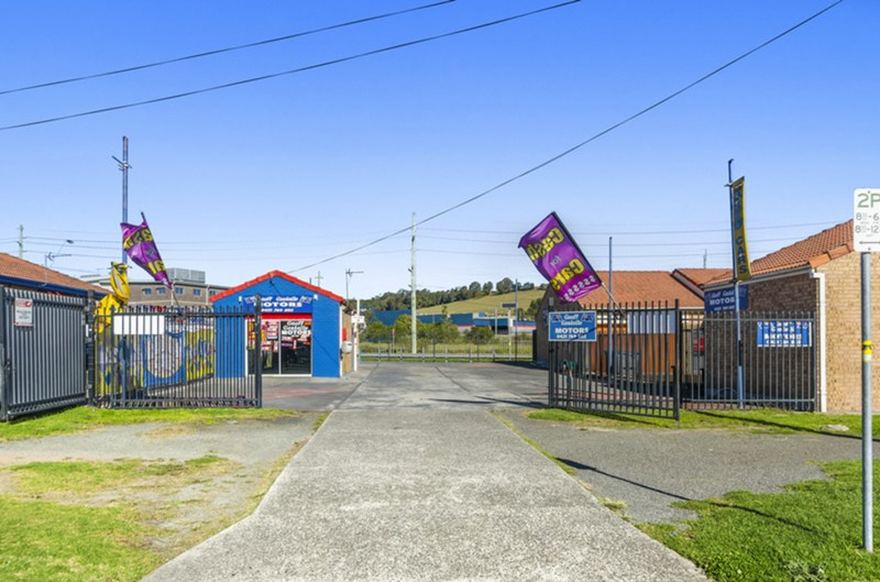15 Industrial Road OAK FLATS NSW 2529