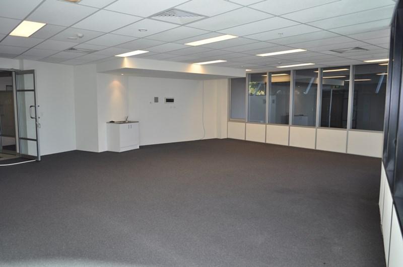 2302/5 Lawson Street SOUTHPORT QLD 4215