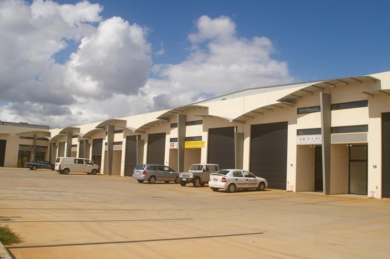 Unit 4, 11-15 Gardner Court TOOWOOMBA QLD 4350
