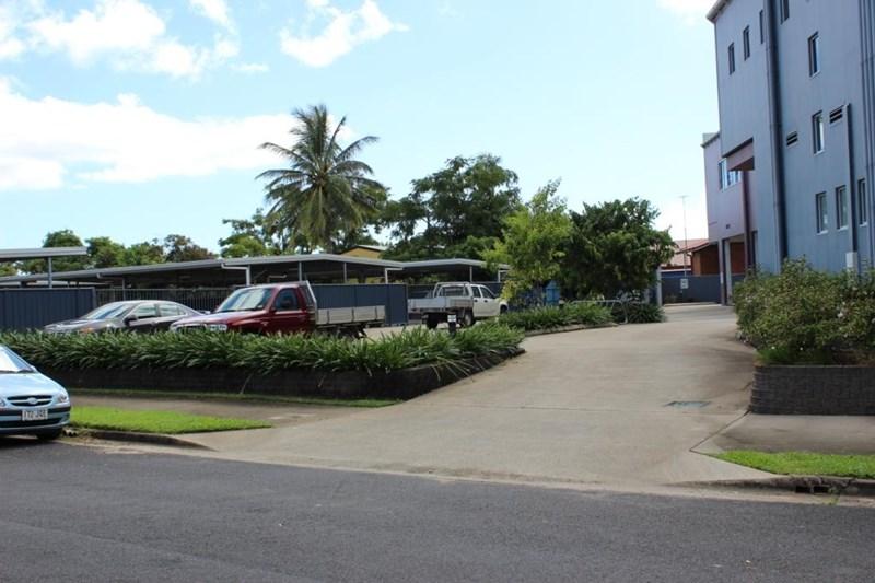 232 Mulgrave Road CAIRNS QLD 4870