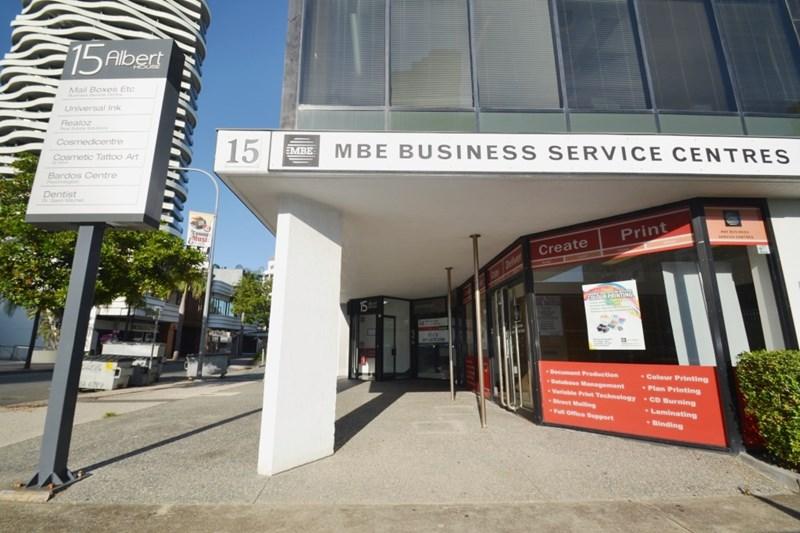 15 Albert Avenue BROADBEACH QLD 4218