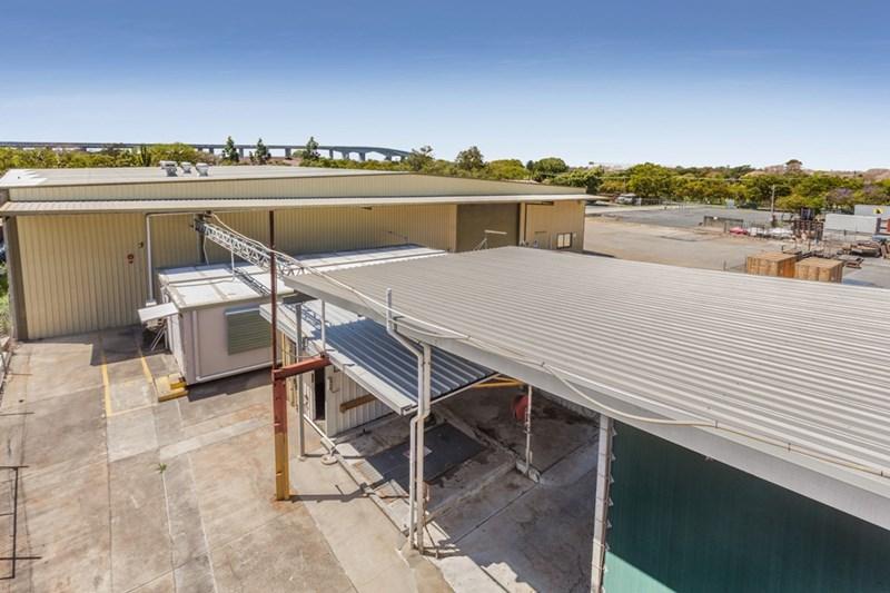 364 Curtin Avenue West EAGLE FARM QLD 4009