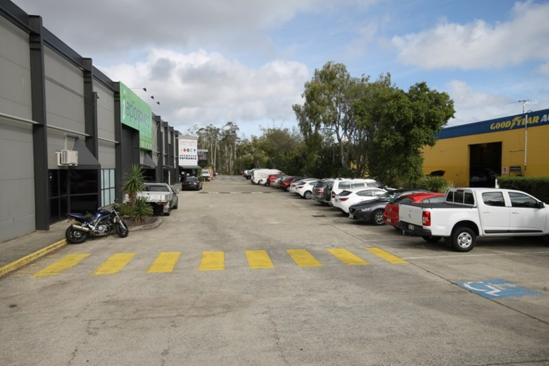 1 & 2, 77 Shore Street CLEVELAND QLD 4163