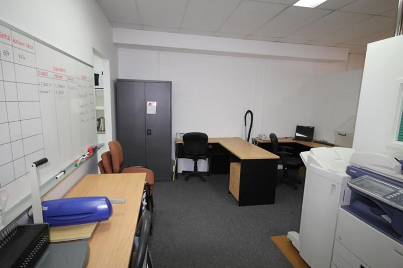 Suite 2, 457 Esplanade MANLY QLD 4179