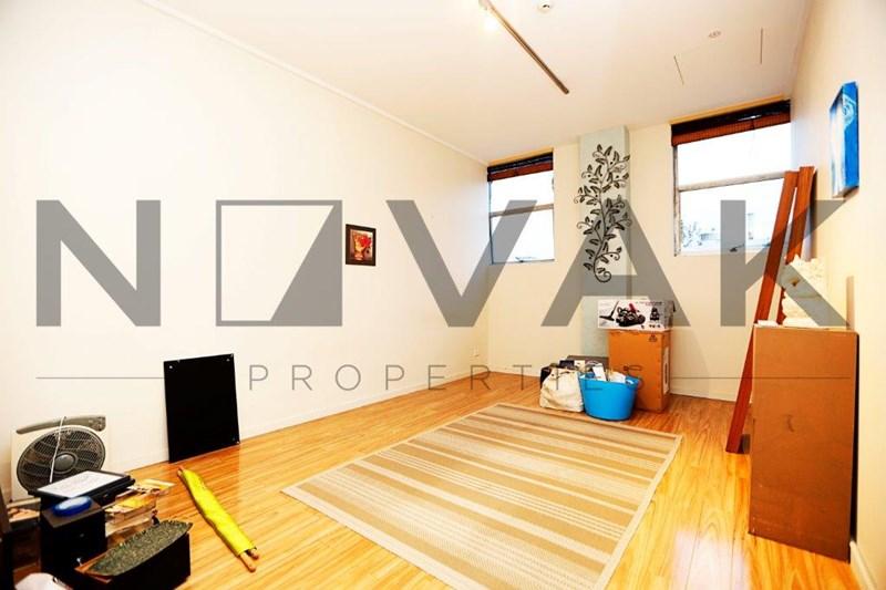 1/18 Wattle Road BROOKVALE NSW 2100