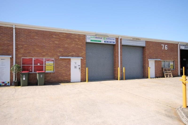 Unit 2, 76 Andrew Street WYNNUM QLD 4178
