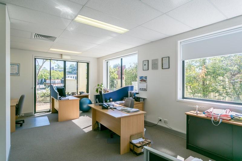 Executive Drive BURLEIGH WATERS QLD 4220