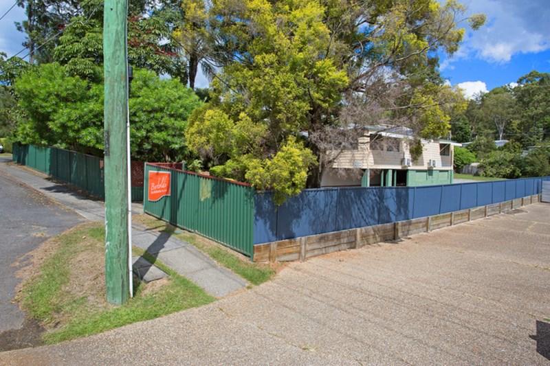 13 Railway Street MUDGEERABA QLD 4213