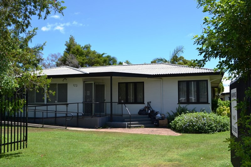 123 Ross River Road MUNDINGBURRA QLD 4812