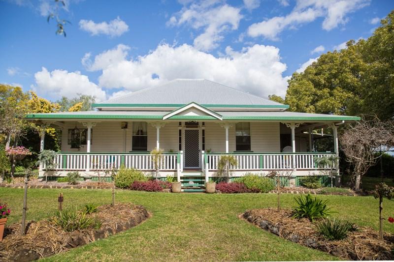'Warialda' 96 Moller Road EAST GREENMOUNT QLD 4359