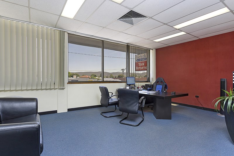 Level 1/320 Urana Road LAVINGTON NSW 2641