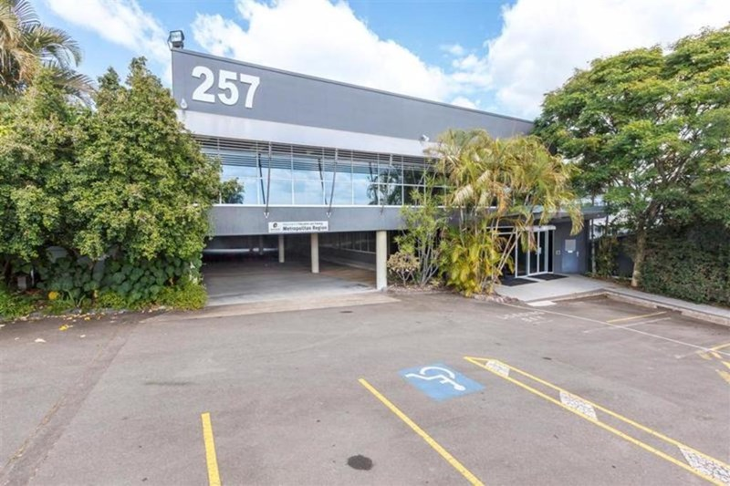 257 Gympie Road KEDRON QLD 4031
