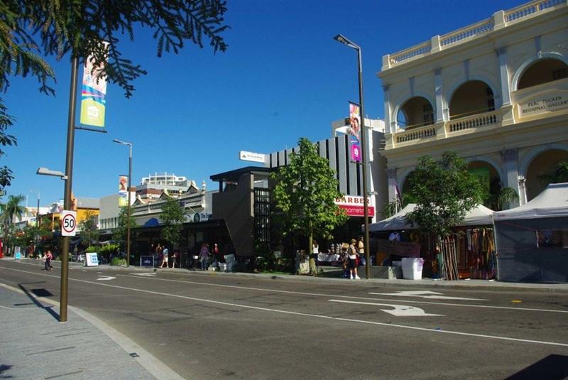 Shop 5, 261 Flinders Street TOWNSVILLE CITY QLD 4810