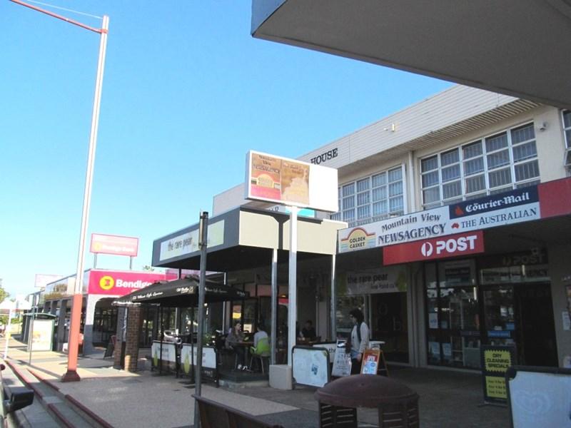 8 / 967 Logan Road HOLLAND PARK WEST QLD 4121